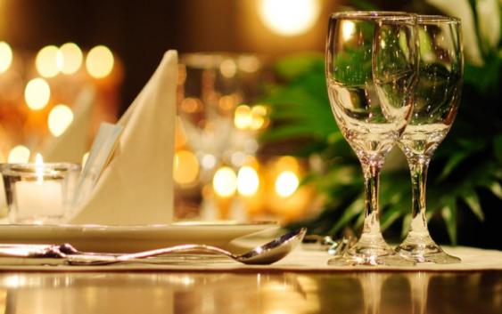 trường trung cấp đông đô tuyển sinh khóa học quản trị nhà hàng