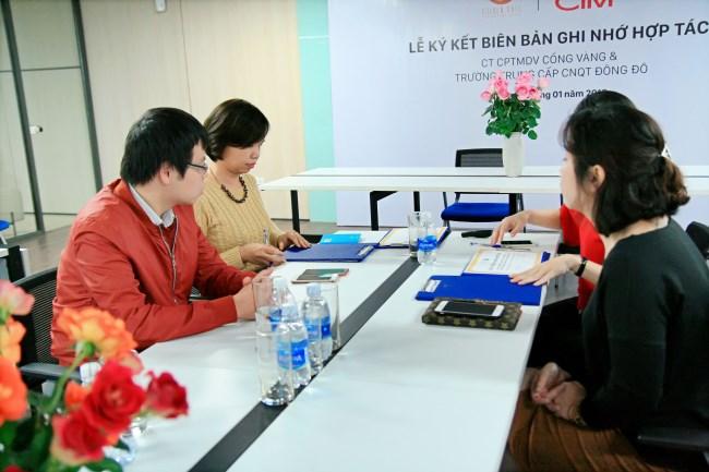 Lễ ký kết hợp tác giữa Công ty Cổng Vàng và trường Trung cấp Đông Đô 4 - Tuyển sinh Đông Đô