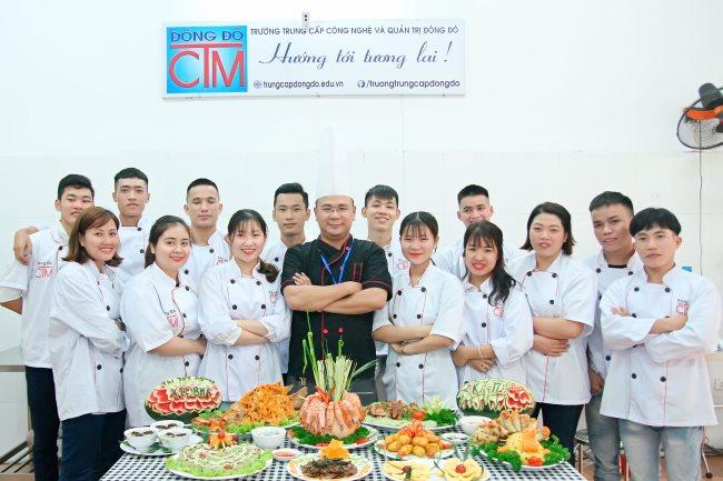 tại sao nên chọn nghề nấu ăn cho tương lai thời gian học ngắn trung cấp Đông Đô