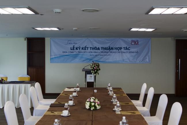lễ ký kết hợp tác giữa công ty AON VINA và trường Trung cấp Đông Đô 1 - Tuyển sinh Đông Đô
