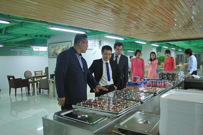 lễ ký kết hợp tác giữa trường Trung cấp Đông Đô và Công ty TNHH MTV AON VINA (4) - Tuyển sinh Đông Đô