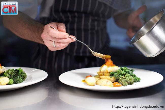 Tại sao nên chọn nghề nấu ăn triển vọng nghề nấu ăn rất lớn Trung cấp Đông Đô